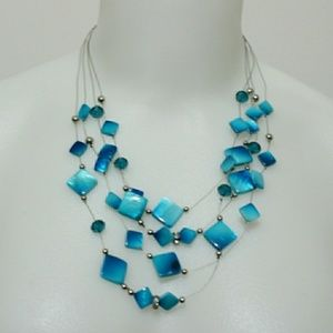 Statement stone bead statement necklace